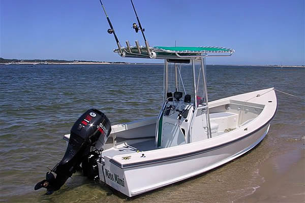 Monomoy 19 Skiff with T Top
